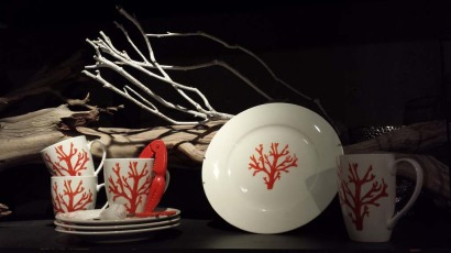 Pottery & Tableware